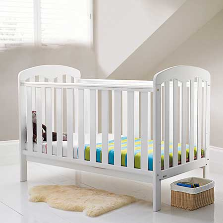 Best Cot Bed UK 2018 – An Expert Buyer's Guide